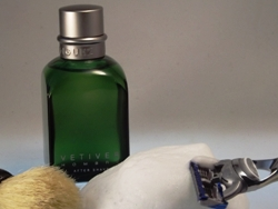 After Shave Rasierwasser Vetiver Hombre von Adolfo Dominguez