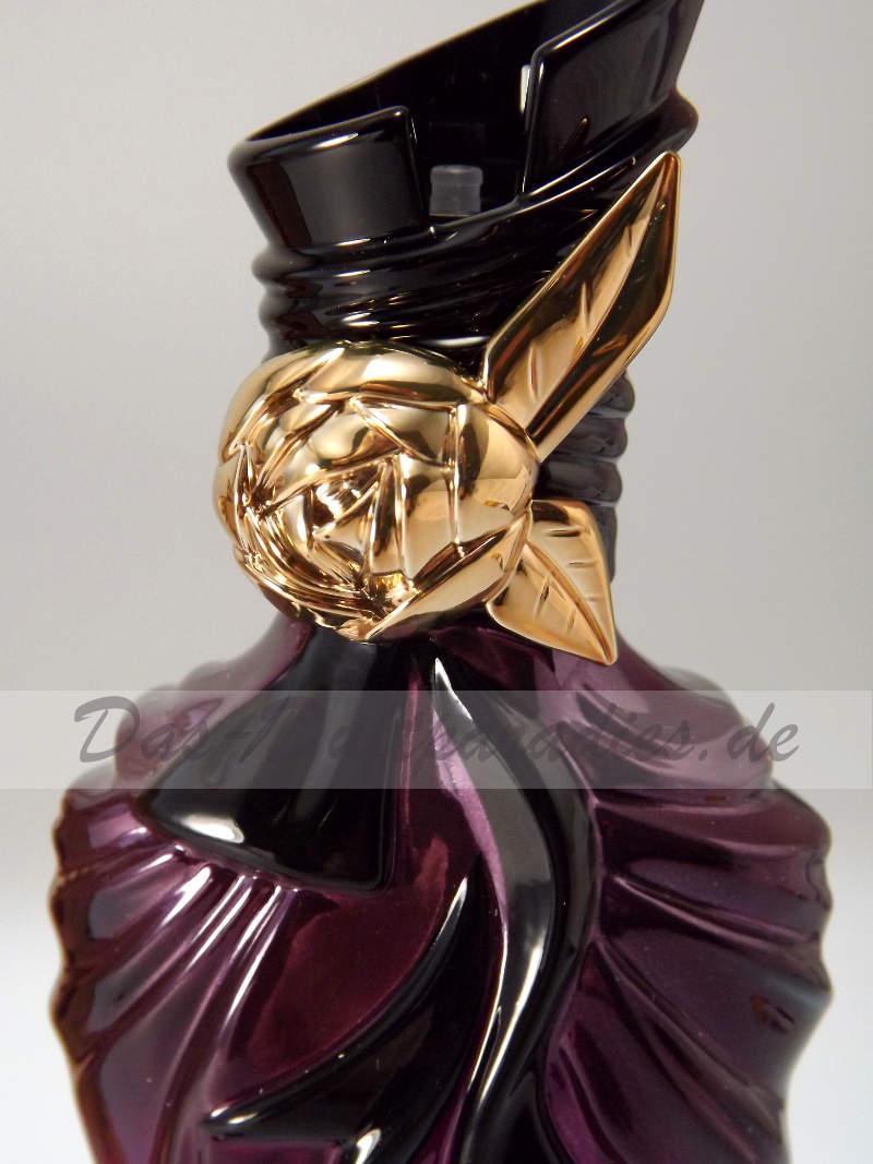 Parfümflakon mit Rose