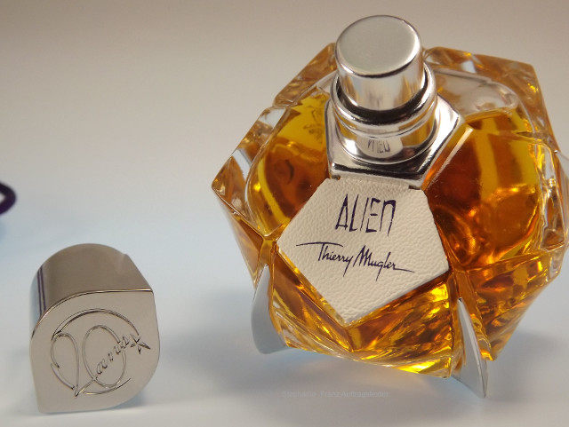 Thierry Mugler Alien Fragrances of Leather Les Parfums De Cuir Eau de Parfum 30 ml Flakon
