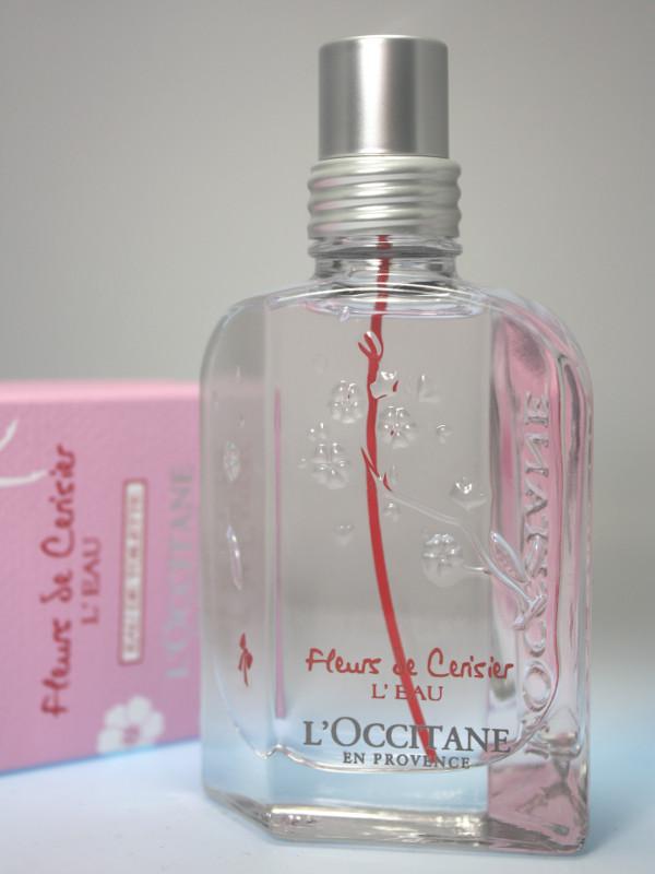 Parfümflakon von Fleurs de Cerisier L'Eau