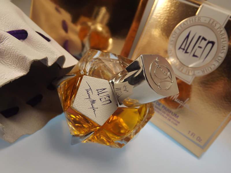 Alien Les Parfumes De Cuir
