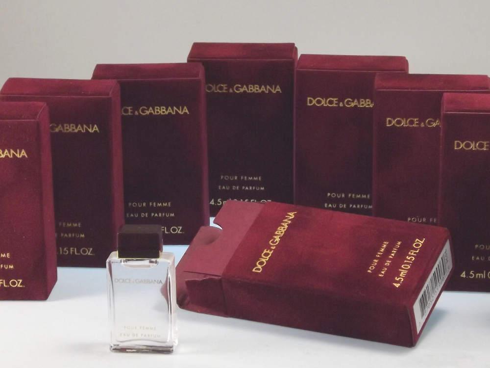 dolce gabbana pour femme eau de parfum das. Black Bedroom Furniture Sets. Home Design Ideas