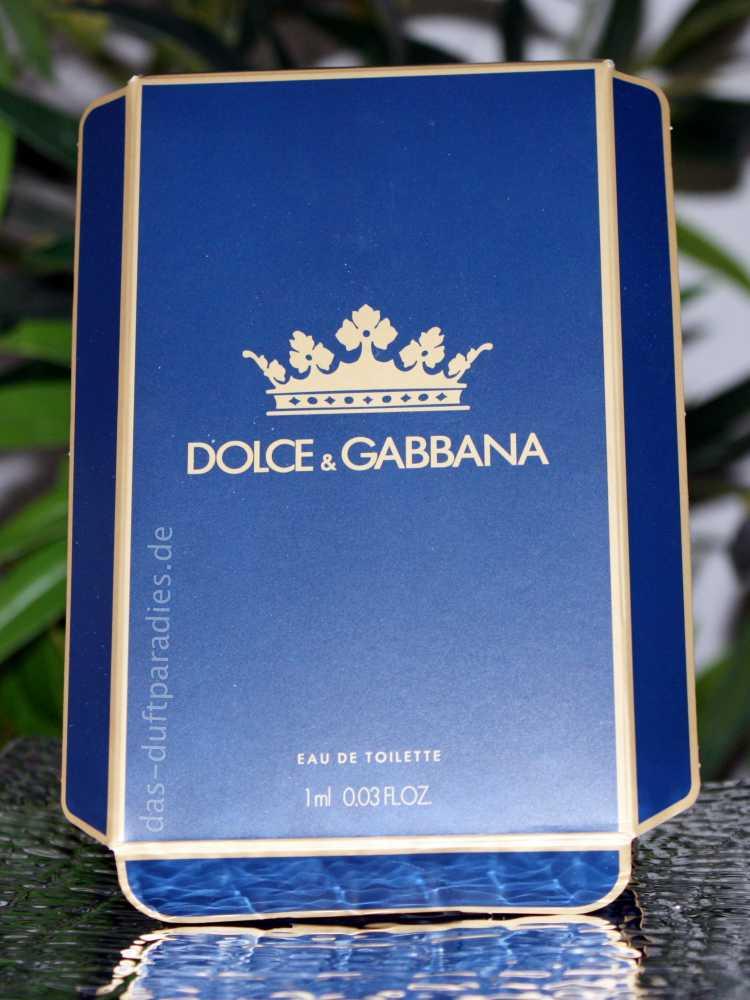 dunkelblaue Kartonage der Duftprobe K by Dolce & Gabbana