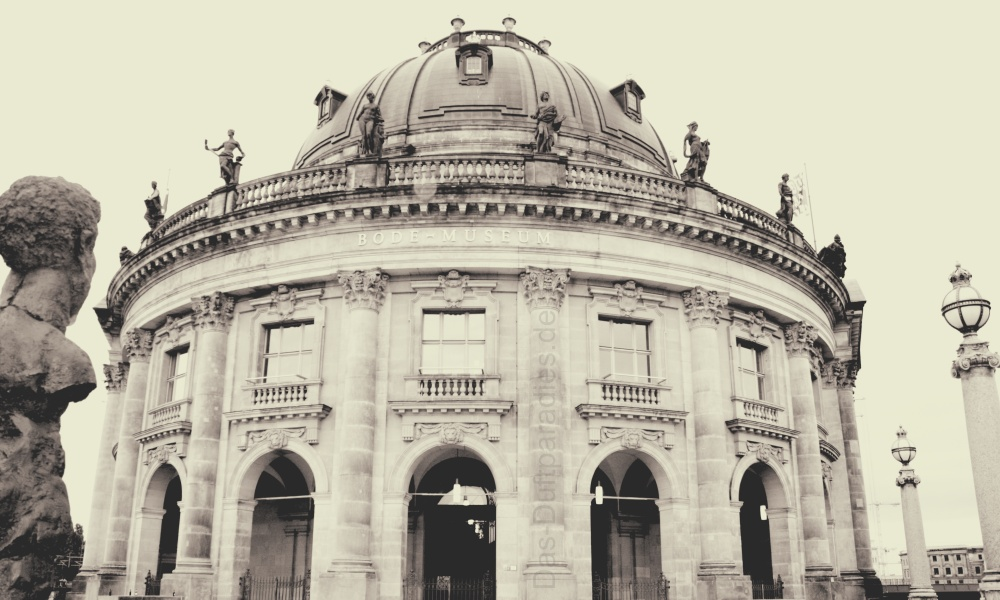 Berlin an der Spree - Bode-Museum auf der Museumsinsel