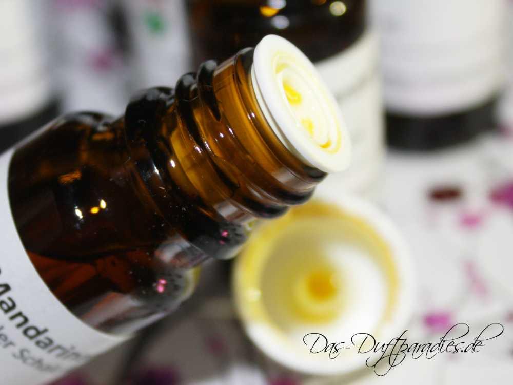 Anteil und Qualität des Ätherischen Öls bestimmt Haltbarkeit von Parfüm auf der Haut